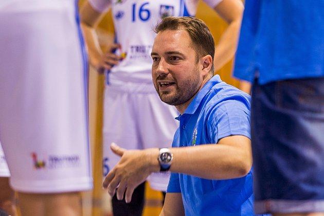 Michal Martišek absolvoval na domácím turnaji O pohár města Trutnova premiéru v roli hlavního kouče Lokomotivy.