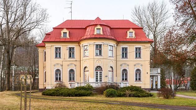 V azylovém domě Most k životu Trutnov nachází zázemí nejen matky a týrané ženy, ale i otcové s malými dětmi.