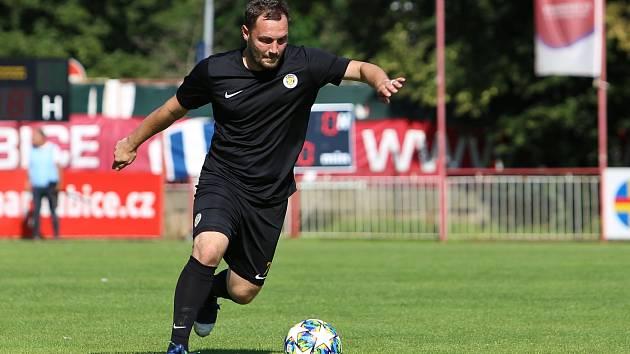 Marek Sedláček se coby defenzivní hráč Přepeř může chlubit ubráněnou nulou z náročného utkání proti Brozanům.