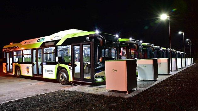 Ekologické autobusy míří pod Krkonoše. Ve Vrchlabí začnou jezdit autobusy na elektrický pohon letos vzáří, vTrutnově vříjnu.