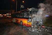Největší požár roku 2020 na Trutnovsku se odehrál v prosinci v Trutnově, kde hořel autobus.