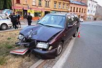 Mladík měl řidičák pouhé dva měsíce. Pil a boural