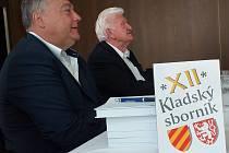 Z prezentace nového Kladského sborníku při setkání Kladské komise historiků v trutnovském Uffu. Hostem byl i trutnovský starosta Ivan Adamec.
