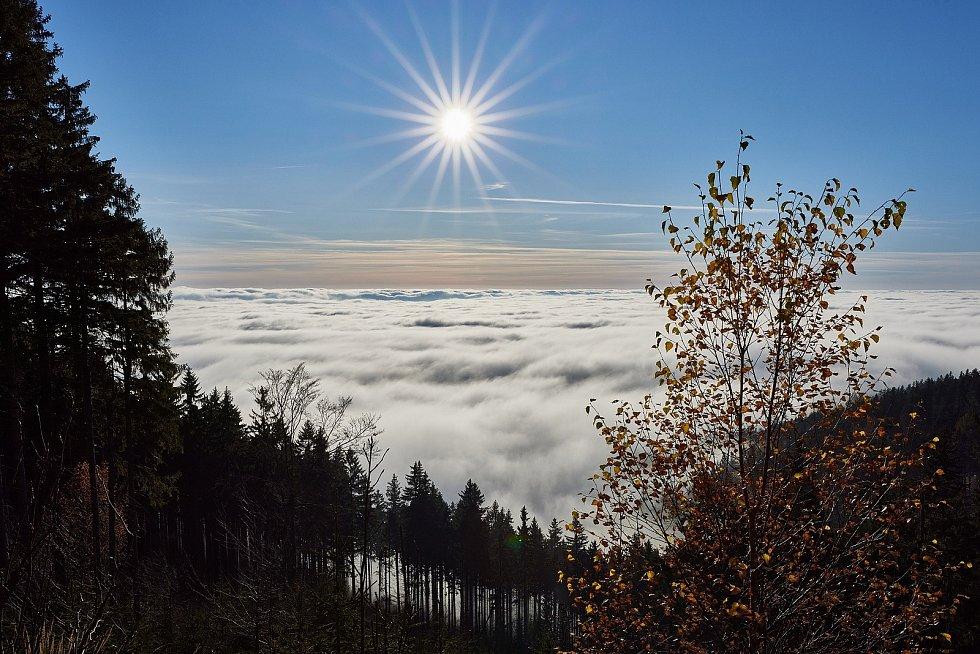 Krásy Krkonoš v listopadu 2020 pohledem trutnovského fotografa Miloše Šálka.