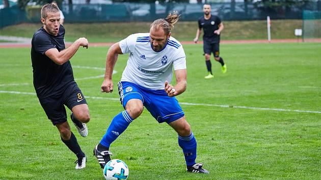 Na trutnovském stadionu bylo ve středu odpoledne dohráno předkolo fotbalového MOL cupu.