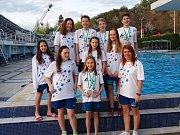 Plavci TJ Loko UP GROUP Trutnov v hlavním městě republiky skončili osmí v hodnocení družstev.