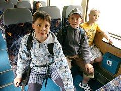 Z žacléřského nádraží po dlouhé době odjel vlak