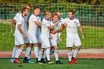 Fotbalisté Trutnova  vezou tři body ze středních Čech.