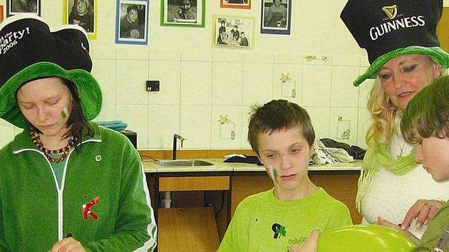 Oslavy svatého Patrika pojali voletinští žáci i učitelé ve velkém stylu.