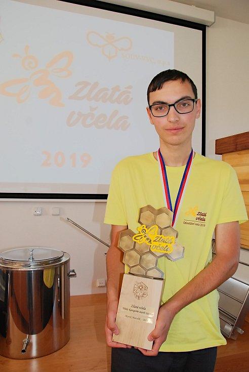 Včelaře z Podkrkonoší čeká reprezentace České republiky.