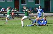 Fotbalisté Dvora Králové prohráli divizní duel na hřišti Velkých Hamrů 2:4.