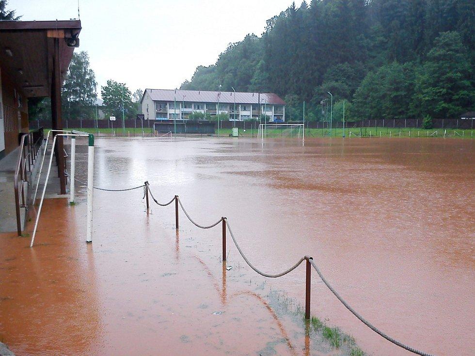 Fotbalové hřiště - Hostinné
