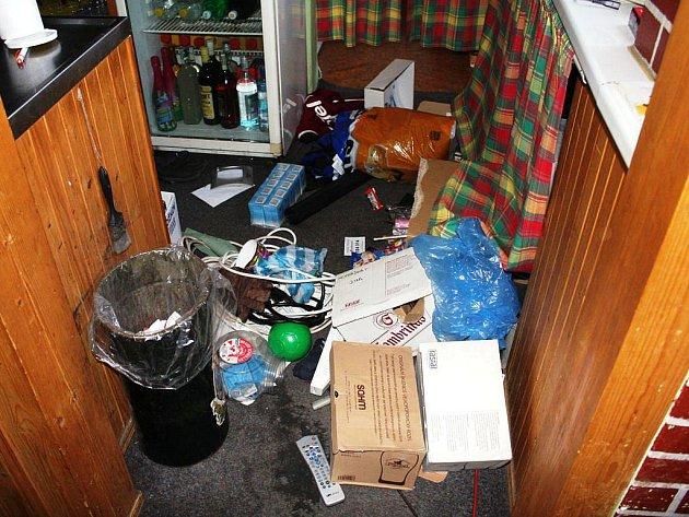 Policisté objasnili sérii krádeží na Vrchlabsku