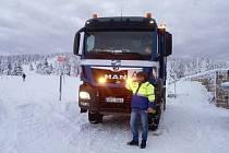 Svážení odpadu je složité hlavně na horách, nejvíce v lokalitě Špindlerova Mlýna, kde je pohyb nákladních vozidel v zimě velmi náročný.