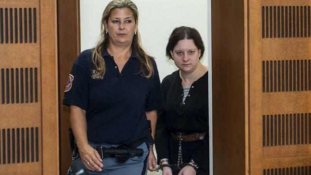 Policisté zadrželi v Lomnici nad Popelkou vražedkyni Petru Janákovou.