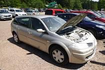 Renault Megane hořel od závady palivového systému.