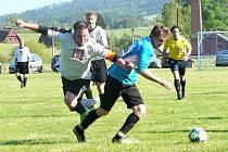 Pět branek padlo v derby Bernartic s Lamperticemi.