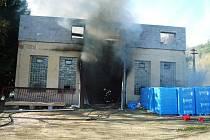 Požár budovy v Košťálově