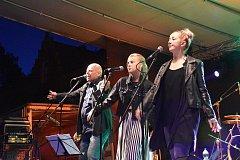 BYL TO NÁŘEZ. Tak komentovali účastníci letošní Maršovské pouti koncert Hudby Praha na náměstí.