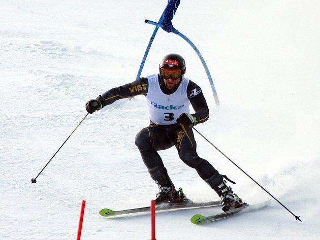 Mistrovství České republiky ve sjezdovém lyžování ve Špindlerově Mlýně - obří slalom muži.