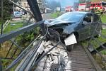 Devětadvacetiletá žena havarovala ve Špindlerově Mlýně. Ačkoliv neměla řidičák, usedla brzy ráno za volant. Navíc pod vlivem alkoholu.