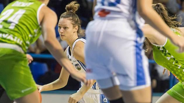 Tereza Králová se blýskla v Ostravě 14 body a vylepšila si střelecký rekord v ženské lize.