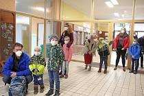 V pondělí 12. dubna se také vrátili někteří školáci do lavic v ZŠ Školní ve Vrchlabí.