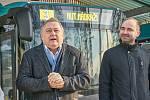 Ze zahájení provozu ekobusů v Trutnově.