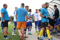Jako by ještě byli na střídačce nebo rovnou v kabině. Vrchlabští fotbalisté v Třebši totálně zaspali úvod utkání a ztrátu na soupeře ve zbytku zápasu již nedohnali. Domácí vyhráli 5:2.