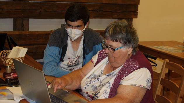 Digitální vzdělávání v Senior domu Beránek.