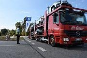 ÚSPĚCH: PRŮMYSLOVÁ ZÓNA. Jen do silnic šly investice ve výši 465 milionů korun. Ve čtvrtek se otevřel ve Vrchlabí tříkilometrový úsek v Dělnické ulici.
