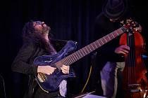 Festival Jazzinec zahájila v Trutnově v koncertní síni Bohuslava Martinů skupina muzikantů z Chile.