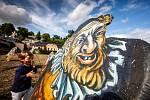 Trpaslíci v Kuksu - výstava při festivalu Theatrum Kuks. Trpaslíky vytvořily učitelky malby na Střední průmyslové škole kamenické a sochařské Hořice pod vedením Michaely Jezberové.