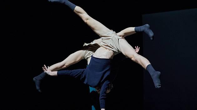 Time In Space. Mezinárodní festival nového cirkusu Cirk-UFF v Trutnově.