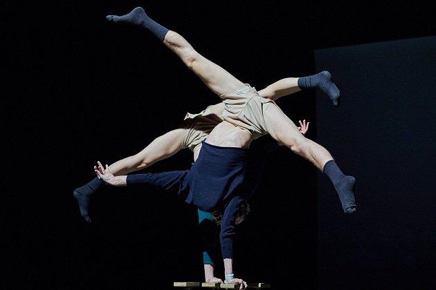 Time In Space. Mezinárodní festival nového cirkusu Cirk-UFF vTrutnově.