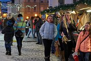 Trutnov před svátky: Malé adventní trhy v Uffu, vánoční trhy na Krakonošově náměstí.