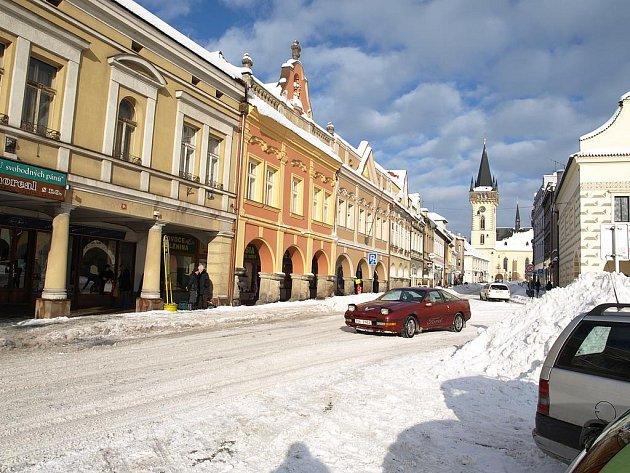 Město Dvůr Králové pod sněhem