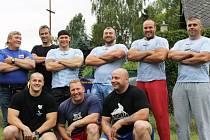 NA SNÍMKU zleva dole: Zdeněk Pilc, Petr Hron, Petr Mrkvica. Nahoře zleva: Jiří Ondráček, Jiří Ročňák, Jiří Tkadlčík, Vladimír Jeřábek (vítěz), Adam Švehla a Radek Rosa (2. místo).