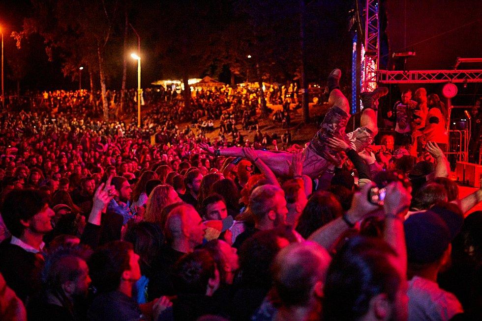 Festival Obscene Extreme v Trutnově, to byla vždy na Bojišti pořádná jízda!