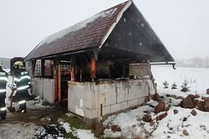 Ve Svatoňovicích hořelo. Kvůli uzení masa