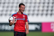 Nejlepší fotbalista roku ČR za rok 2017 Vladimír Darida, kapitán fotbalové reprezentace, si koupil chalupu v Žacléři.