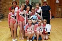 Družstvo trutnovských gymnastek.