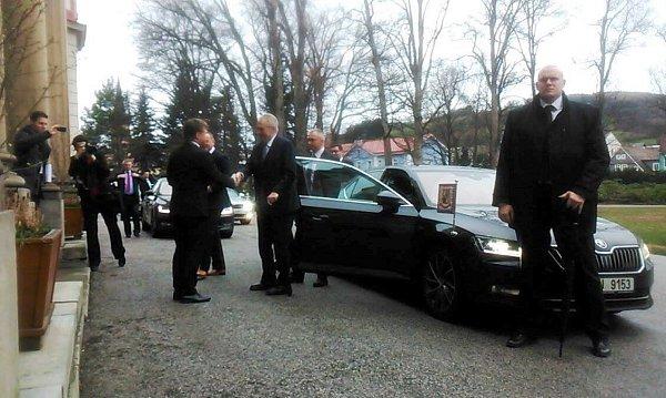Příjezd Miloše Zemana do Vrchlabí