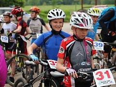 Žáci základních a středních škol využili nádherné jarní počasí k účasti na cyklistickém závodě