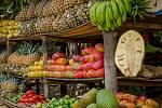 Africké trhy v Trutnově přinesou pestrou nabídku ovoce.