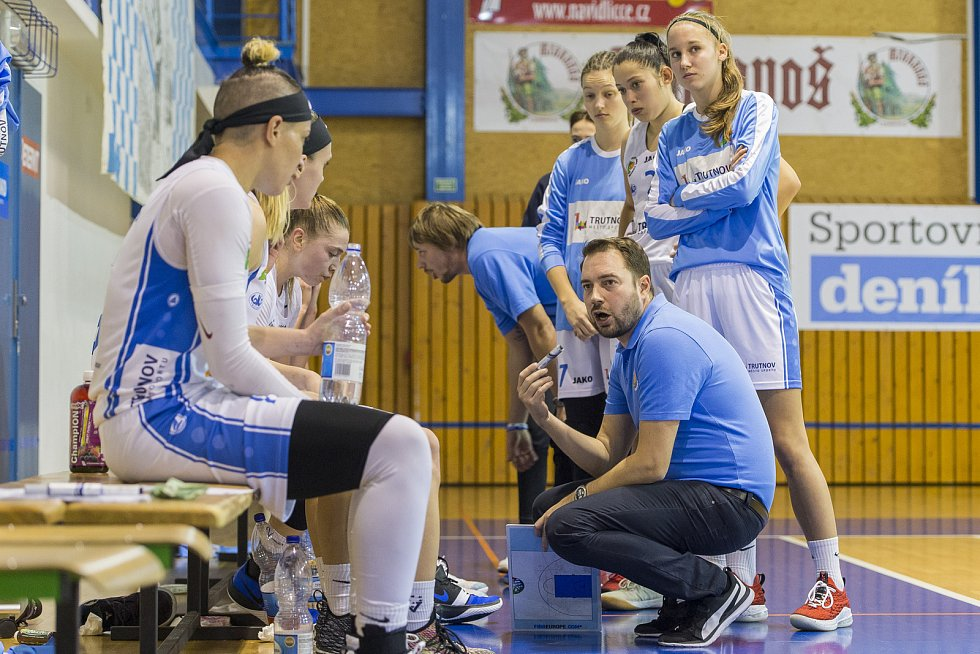 Basketbalistky trutnovské Lokomotivy porazily v 9. kole ŽBL vítěze Českého poháru KP Brno jednoznačně 93:70. Foto: Jan Bartoš