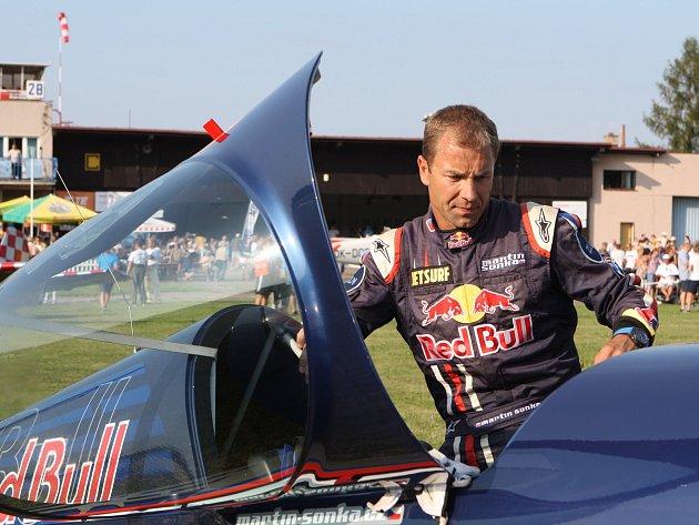 Pilot Martin Šonka, který pochází ze Dvora Králové, byl ve hře o světový titul do posledního letu.