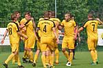 Dokázali to. Přepeřští fotbalisté ve středu oslavili druhé místo v divizi a tím i postup do České fotbalové ligy.