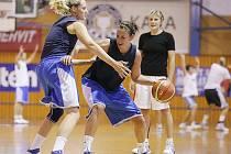 Srpnové soustředění reprezentačních basketbalistek v Trutnově