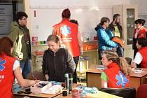 STŘEDNÍ ZDRAVOTNICKÁ ŠKOLA má v Trutnově téměř sedmdesátiletou tradici a její význam při současném nedostatku středního personálu stále stoupá.